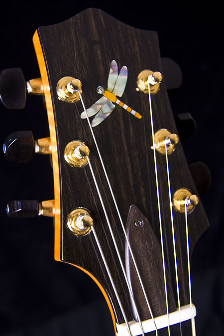 protege_headstock-Guitar-Luthier-LuthierDB-Image-8